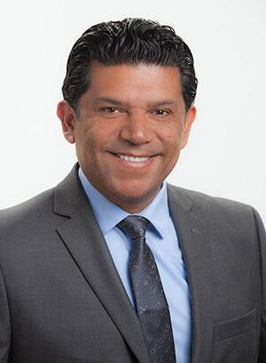 Juan Carlos Molina headshot
