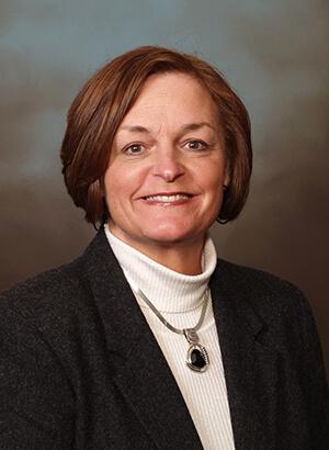Kristie Miner headshot