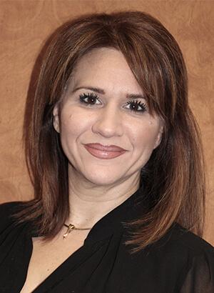 Lisa Labrakopoulos headshot